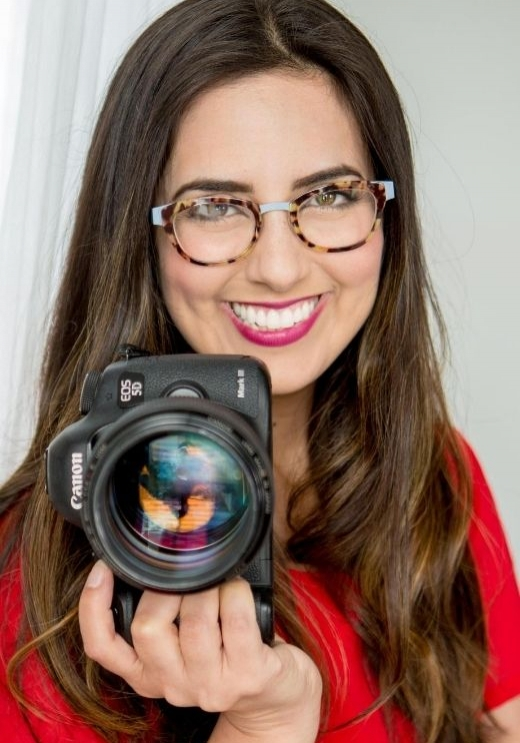 How to Get Great Headshots for Your Website + Free Headshot Guide (1)